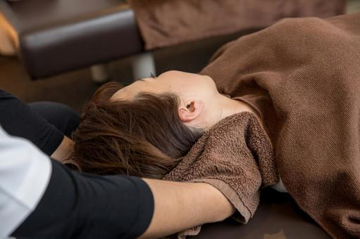 顎痛い片方,顎痩せ,顎関節症について?の画像